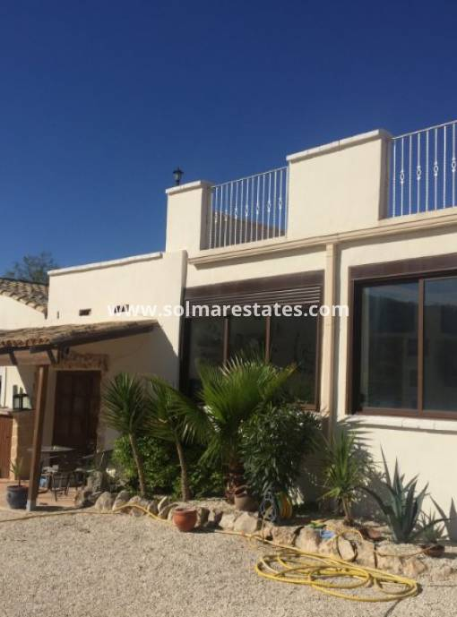 Detached Villa - Resale - Pinoso - Pinoso