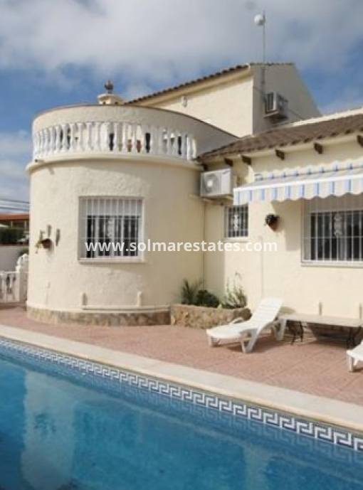 Detached Villa - Resale - Villamartin - Eagles Nest