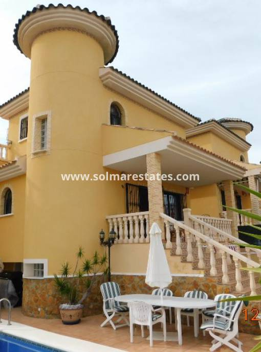 Detached Villa - Resale - Villamartin - PAU 26