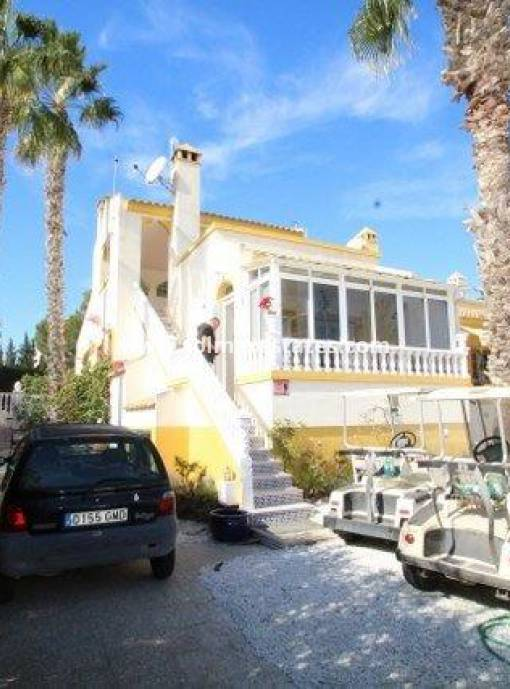 Detached Villa - Resale - Villamartin - Rioja