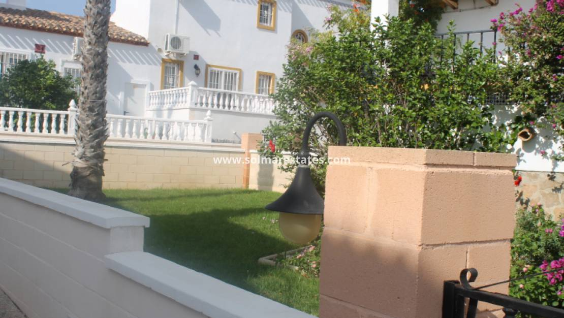 Resale - Appartement - Villamartin - Los Dolses