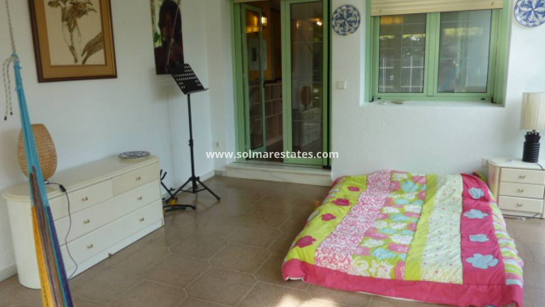Resale - Detached Villa - Elche - La Hoya