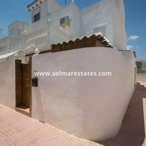Semi Detached House - Resale - Torrevieja - Calas Blancas