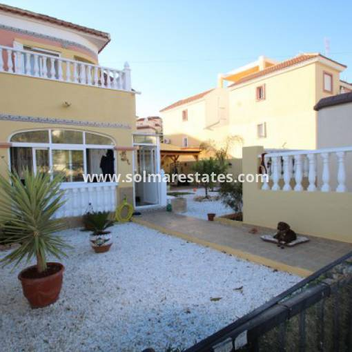 Semi Detached House - Resale - Villamartin - El Galan