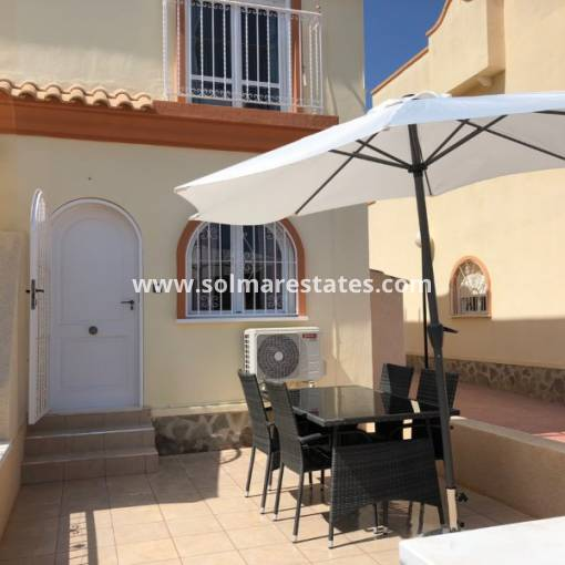 Semi Detached House - Resale - Villamartin - Florida Golf
