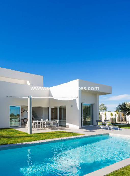Villa independiente - LLave en mano - Campoamor - Las Colinas Golf and Country Club